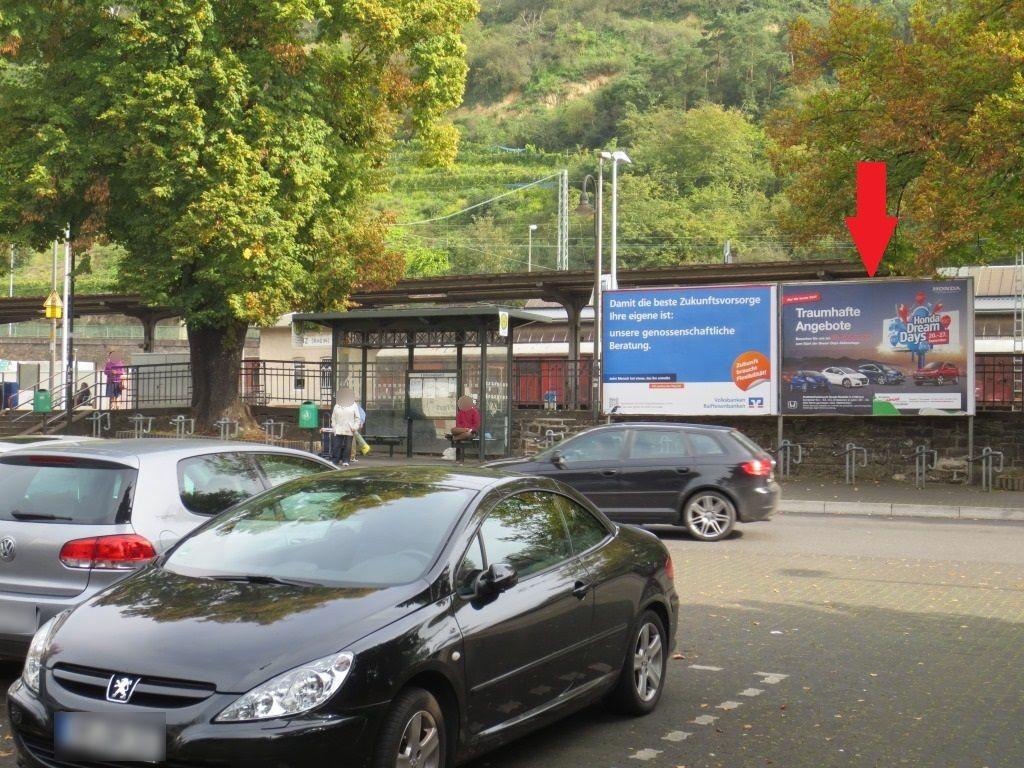 Bahnhofplatz/Linzhausenstr. rechts