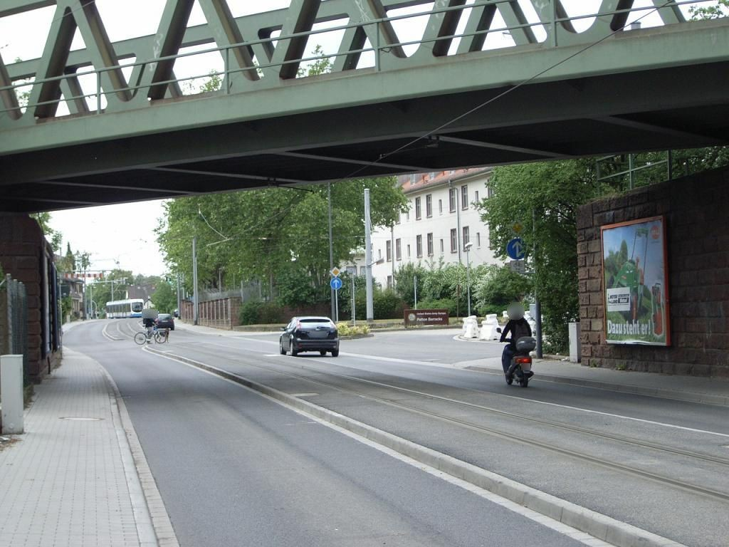 Kirchheimer Weg Ufg. saw.