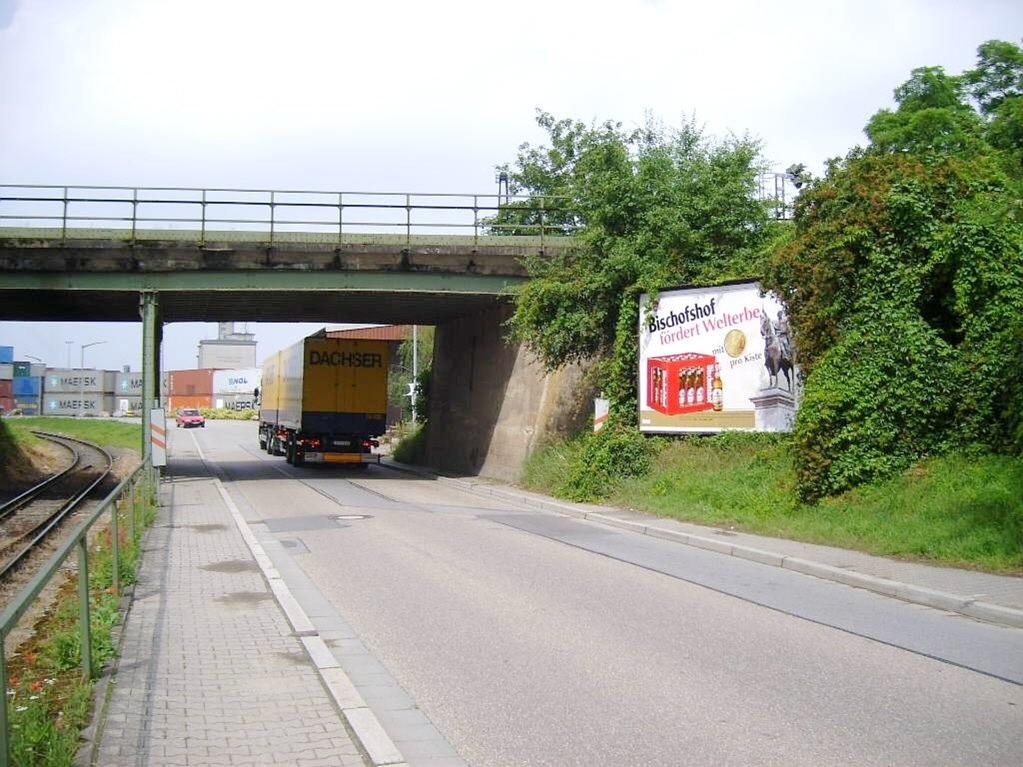 Wiener Str. vor Ufg. OS /Hohes Kreuz