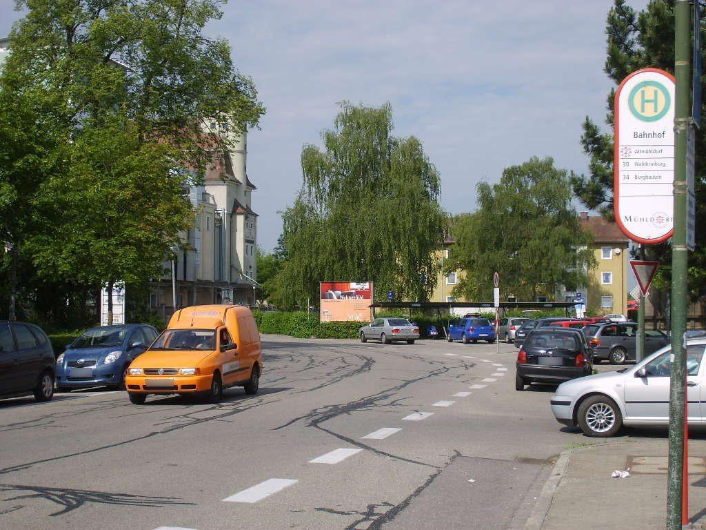 Richard-Wagner-Str. vor DB-Parkplatz