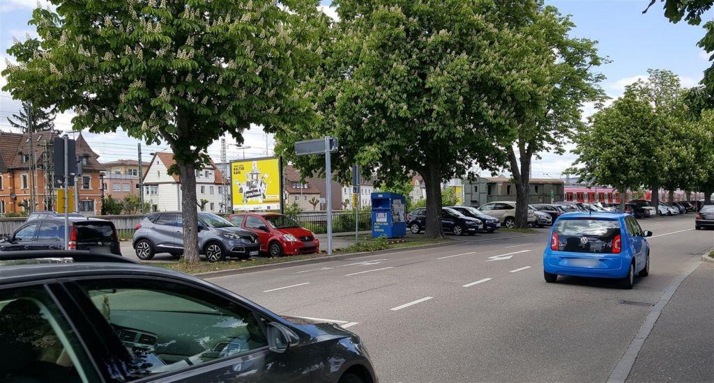 Rosenstr. geg. Gottlieb-Daimler-Str. li./RS