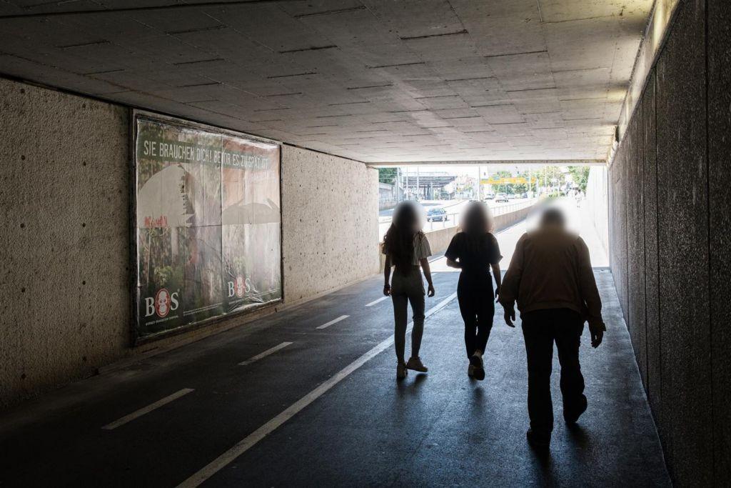 Neue Str./Fußgänger-Ufg./Ri. Bismarckring
