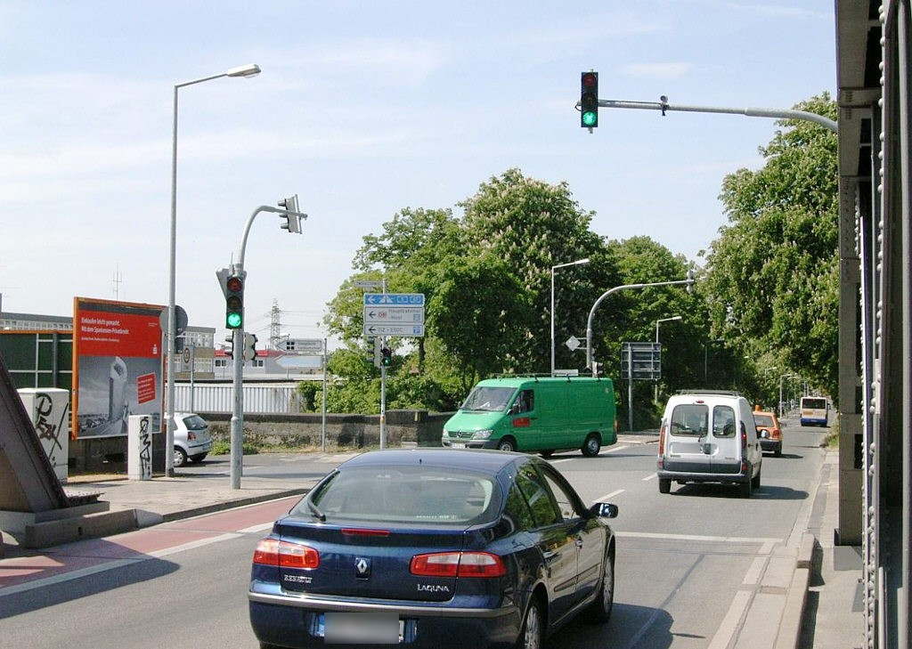 Zweifalltorstr. Nh. Dornheimer Weg