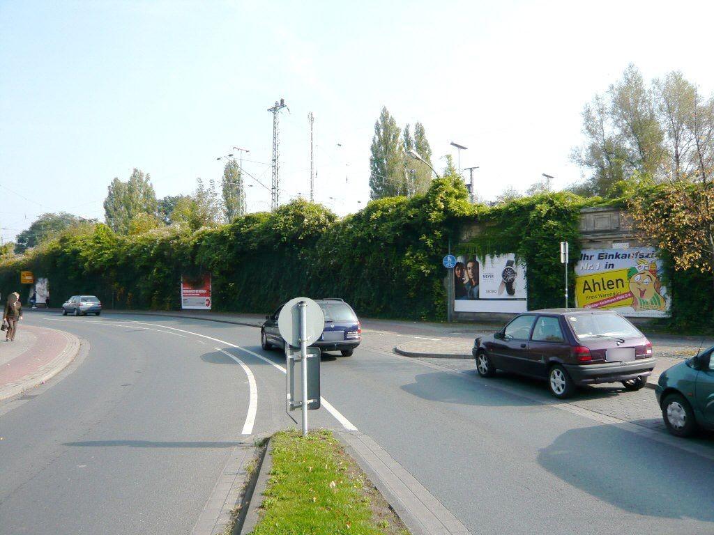 Bf, Bahnhofsvorplatz/ Am Bahndamm/ 1. Sto.