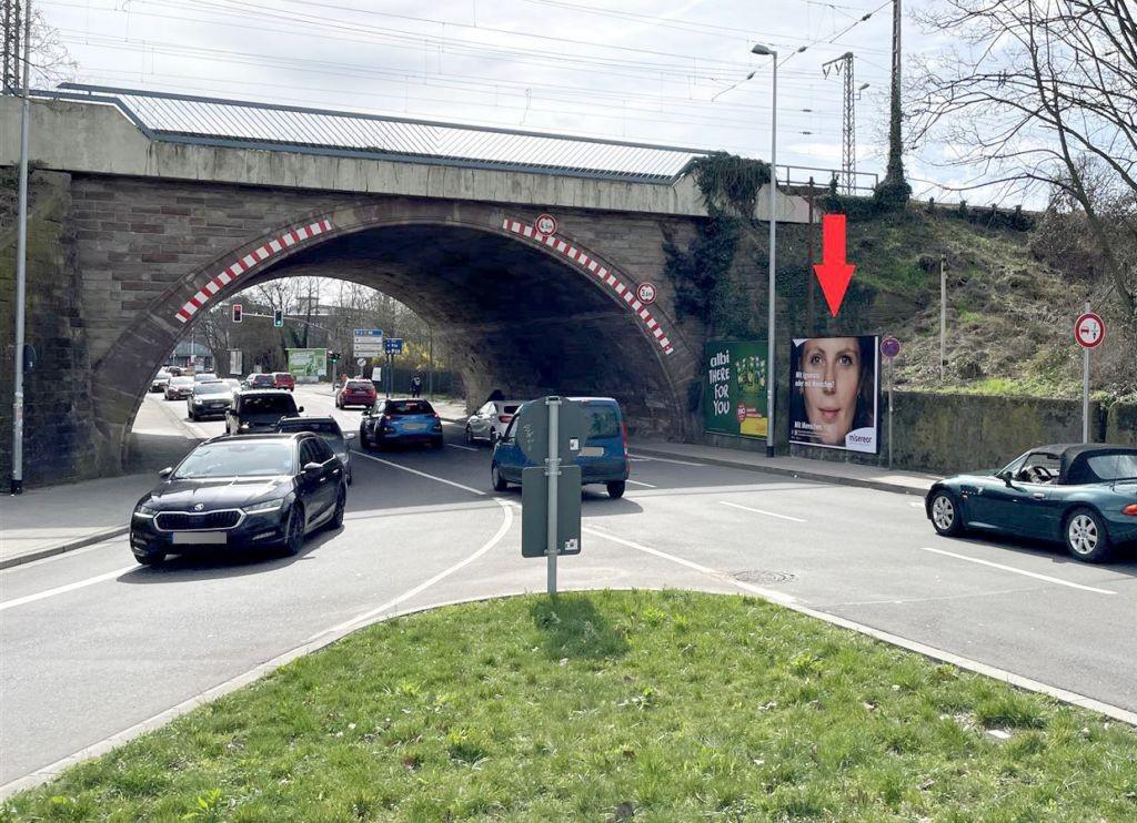 Dudweiler Landstr. re. vor Ufg.