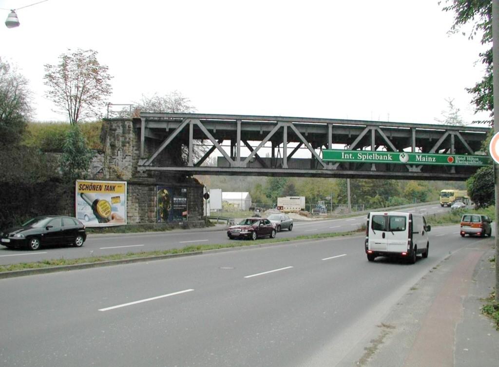 Mainzer Str. B263 sew. unter Brücke