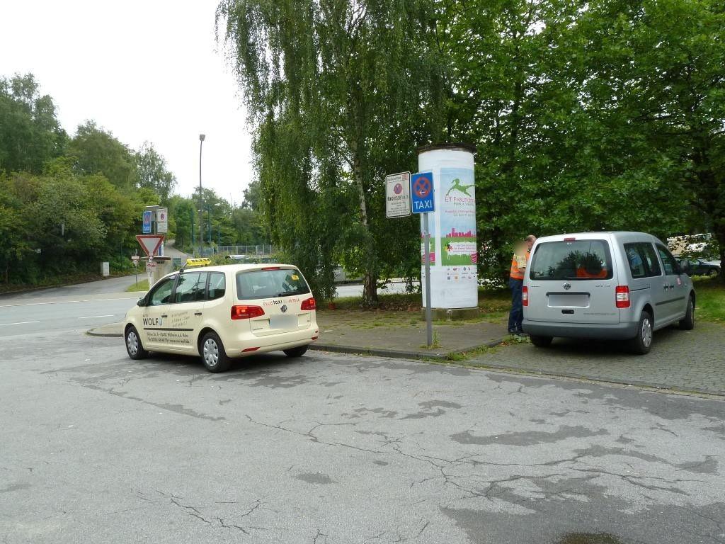 S-Bf Bergeborbeck, Bf-Vorplatz