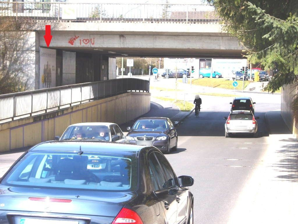Lochhamer Str./Ufg./S-Bahn-Zugang li.