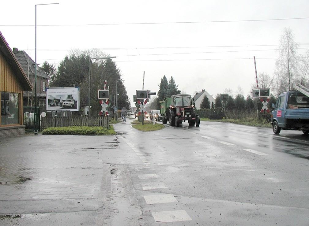 Feldlinie/Bahnübergang Nh. Weidenweg/RS