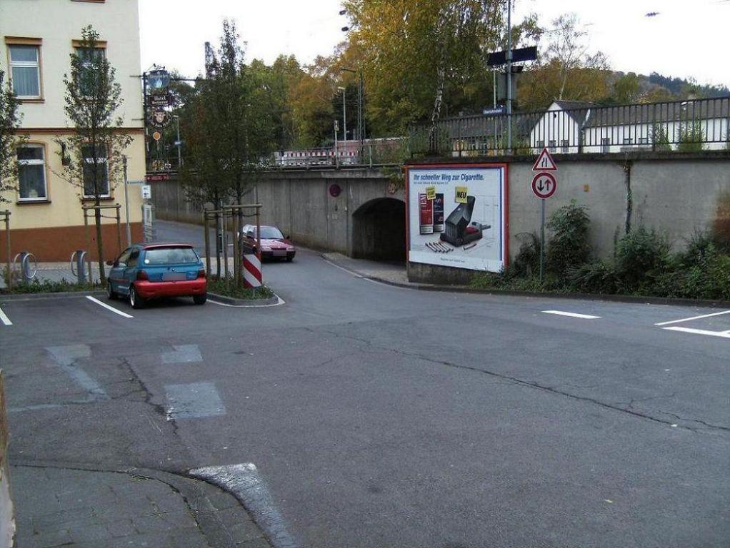 Bürgermeister-Müller-Str. geg. Brunnenstr. quer
