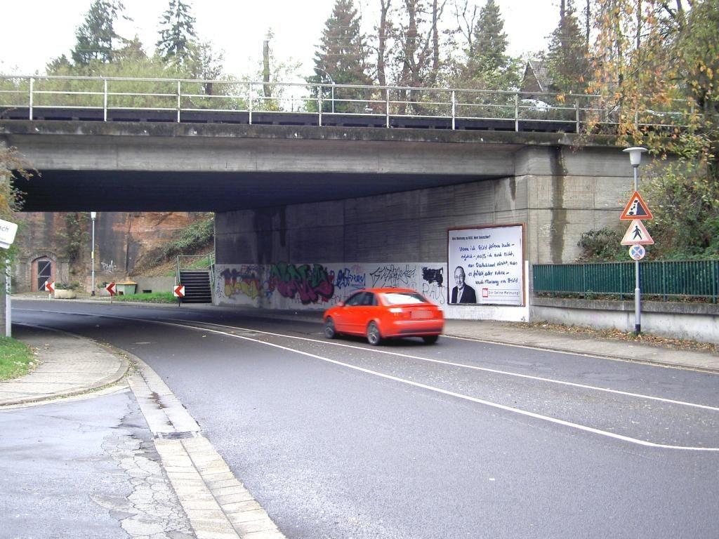 Am Neuhauser Weg/Ufg. Bahndamm