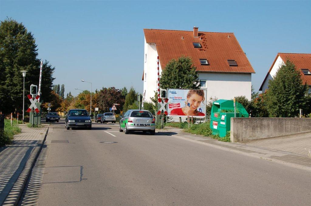 Ziegelofenweg Nh. 43/Bahnübergang re.