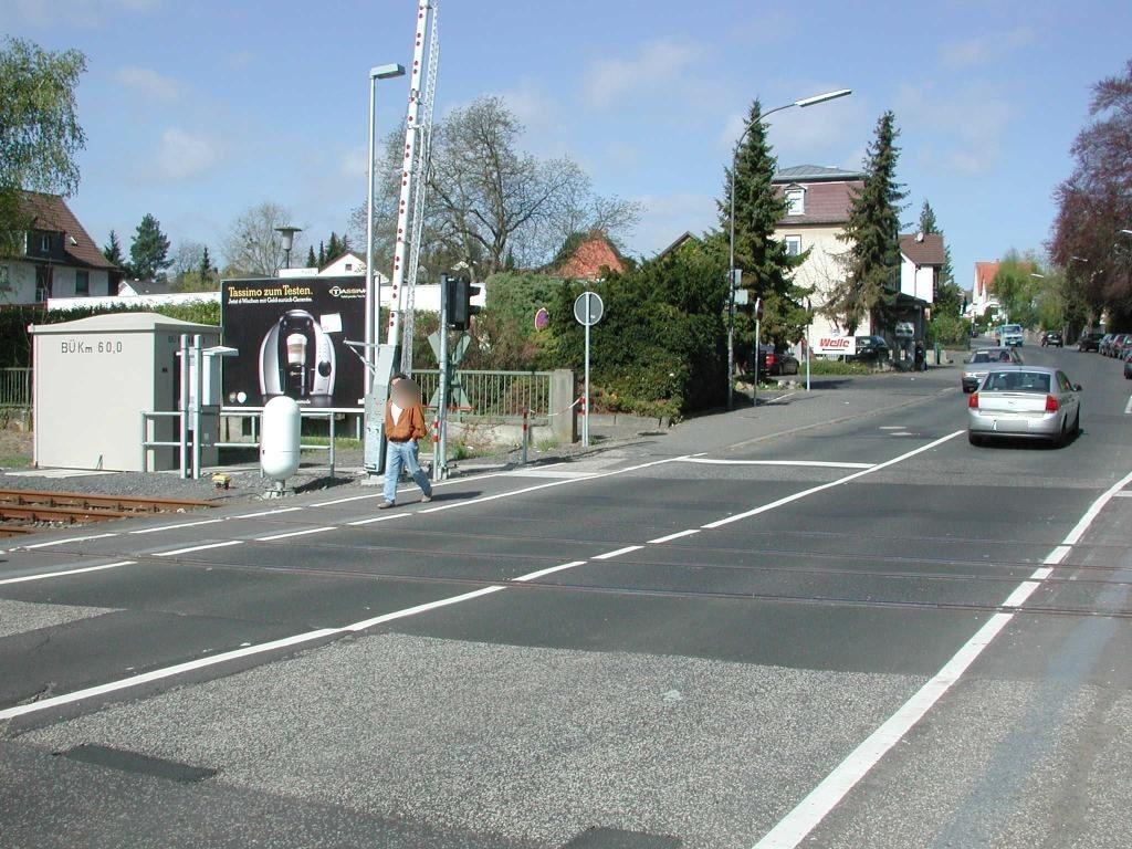 Marburger Str./Bahnübg./quer