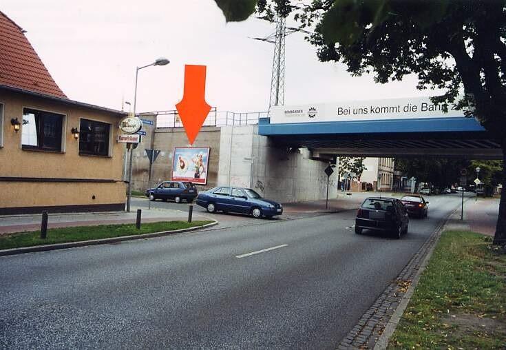 Neuendorfstr./Bötzowstr. quer