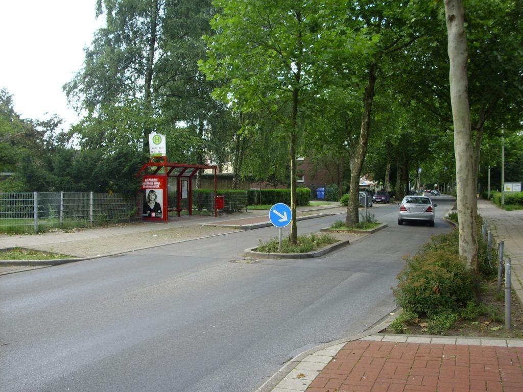 Schwechater Str./Rentfort Markt/Ri. Bottrop/We.li.