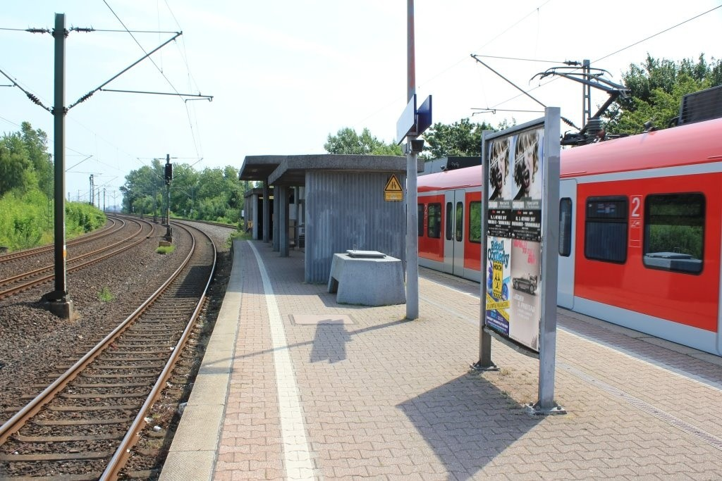 S-Bf Rheinparkcenter Ausg. Brücke /RS