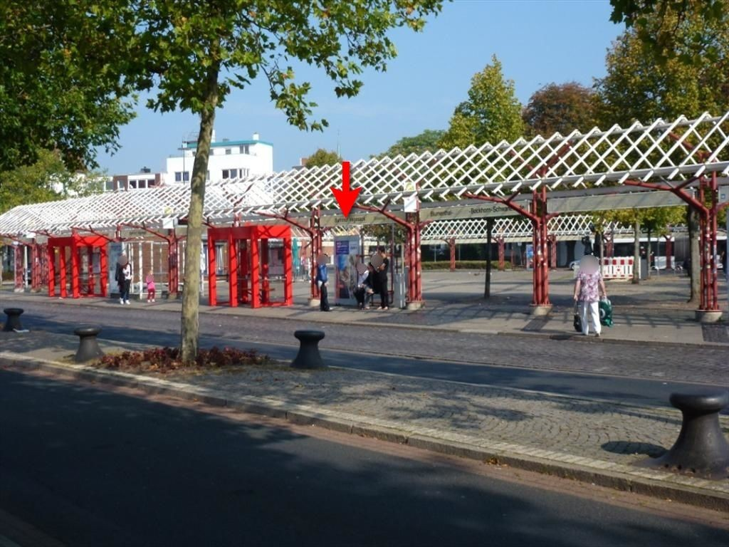 Friedrich-Klippert-Str./Vegesacker Bahnhofspl. mi.