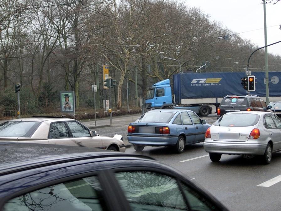 Ratsweg/Am Riederbruch/Zugang Ostpark/We.li.