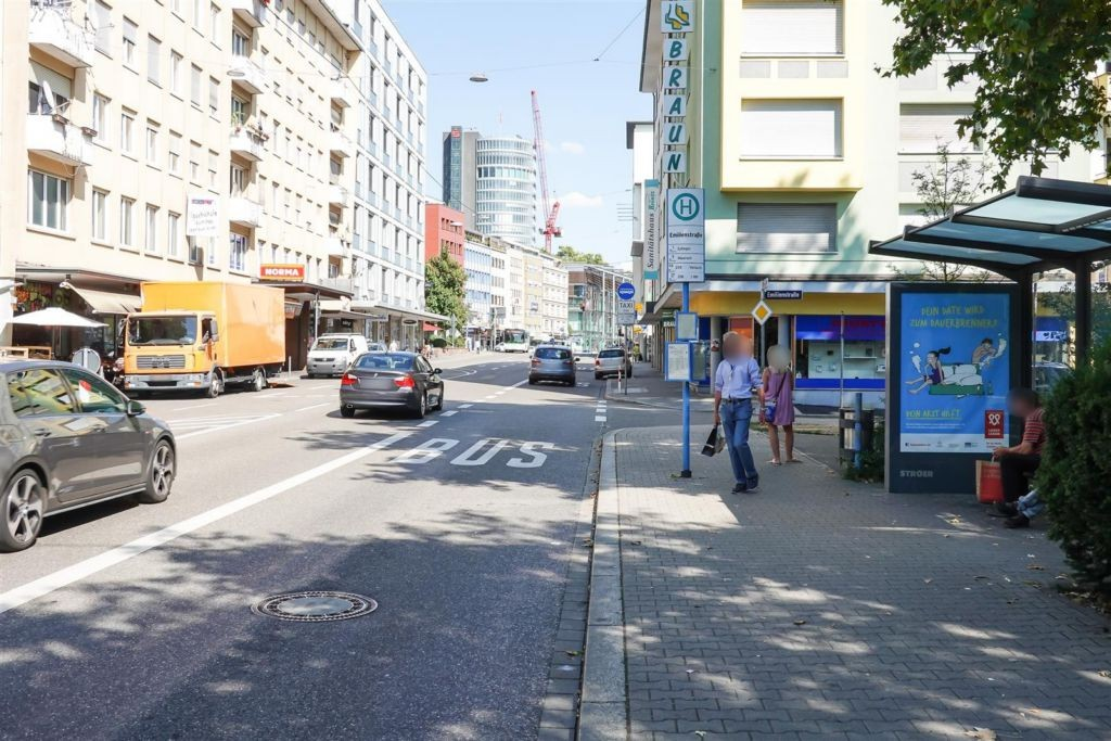 Westl. Karl-Friedrich-Str.  75a/HST Emil. ew/We.re