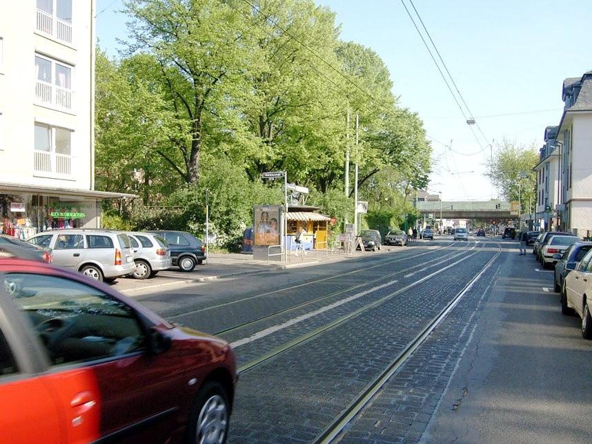 Ginnheimer Landstr. 133/Mahräckerstr./We.li.