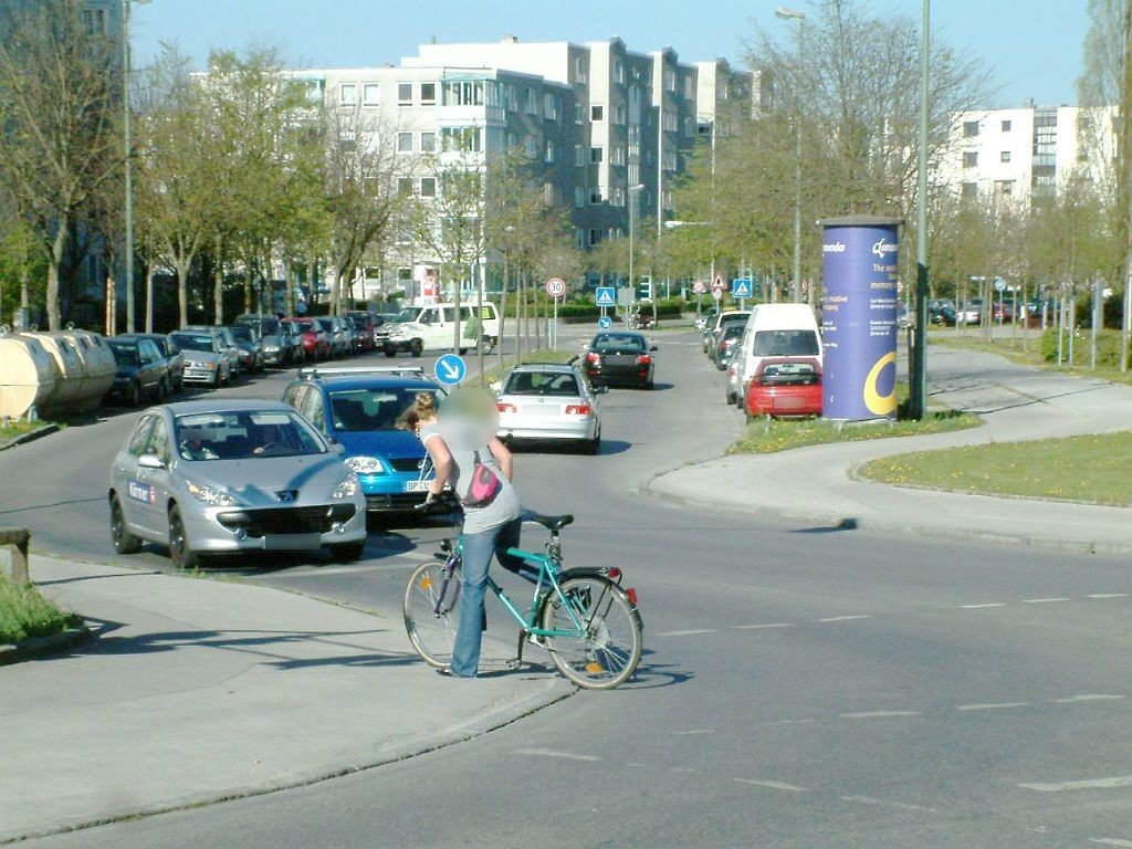 Therese-Giehse-Allee/Carl-Wery-Str.