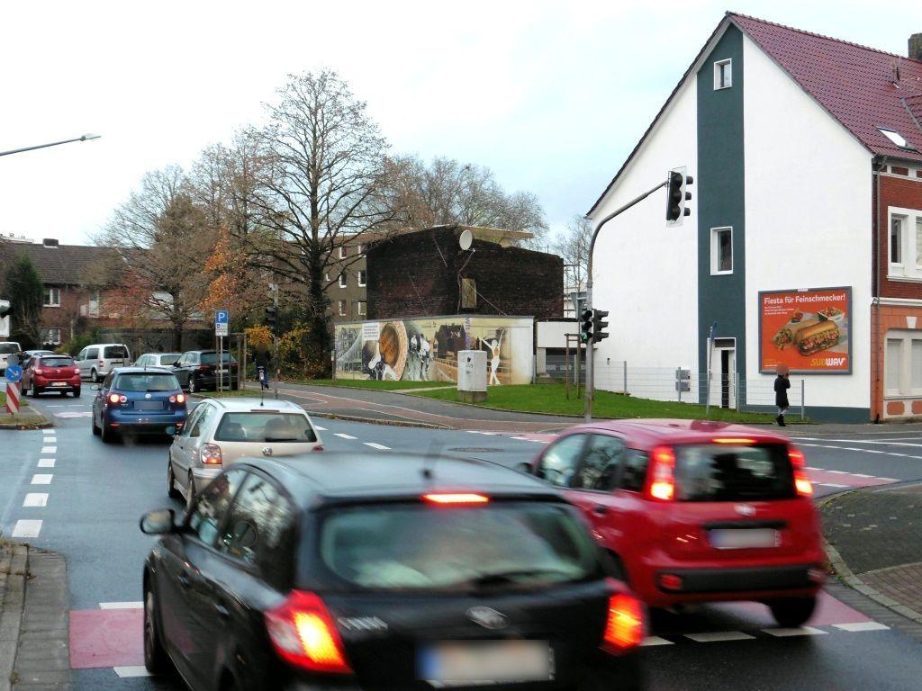 Wilhelmstr.   3/Theodor-Heuss-Str. li. quer