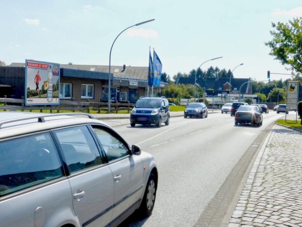 Schenefelder Chaussee 40-42/Obere Dorfstr.