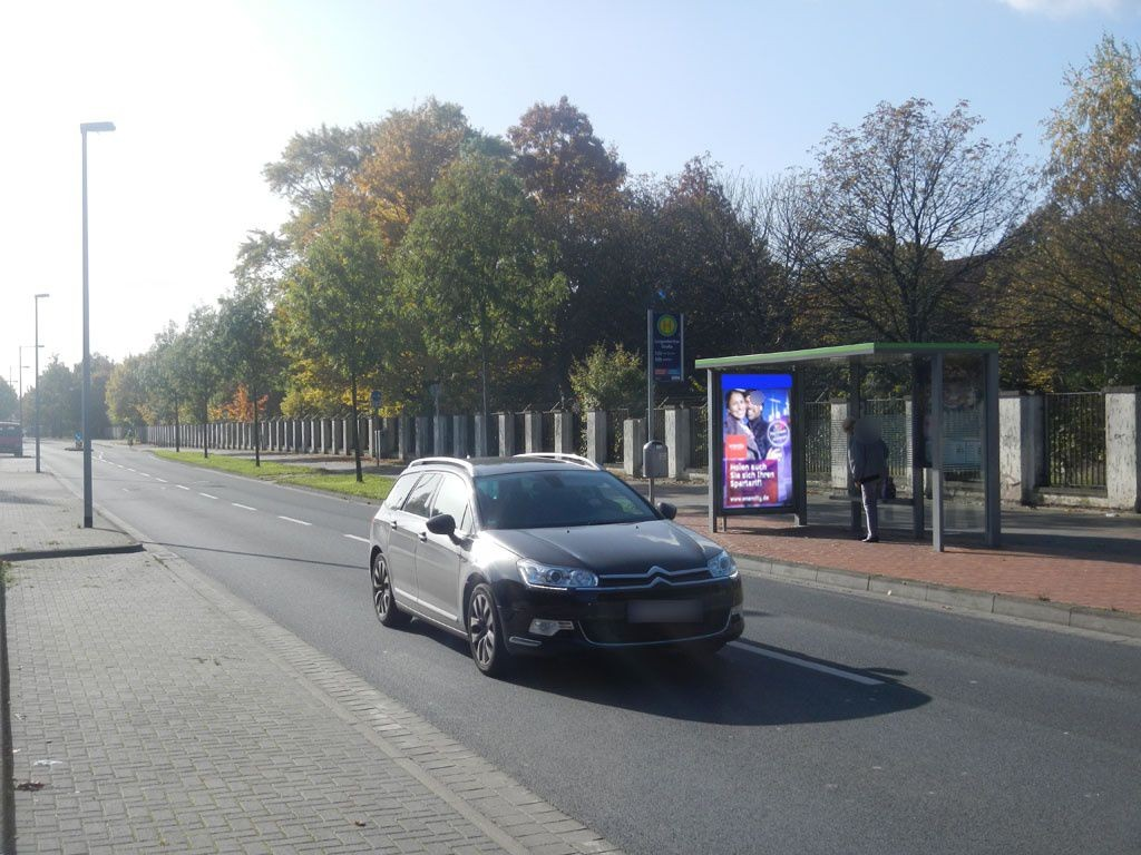 General-Wever-Str./Kaserne innen