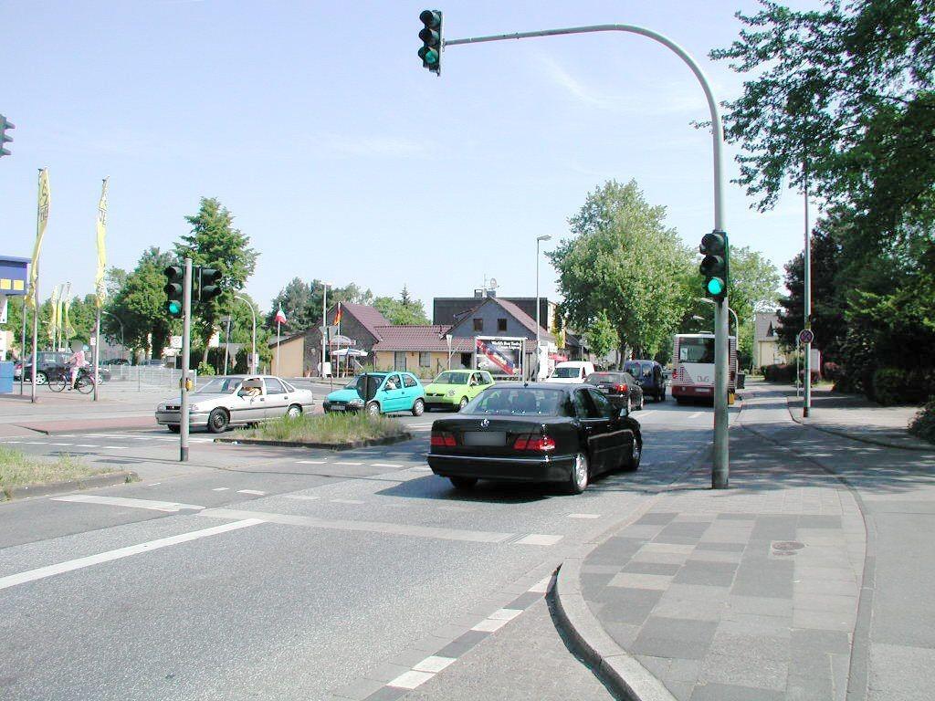Sittardsberger Allee 29/Innsbrucker Allee/quer