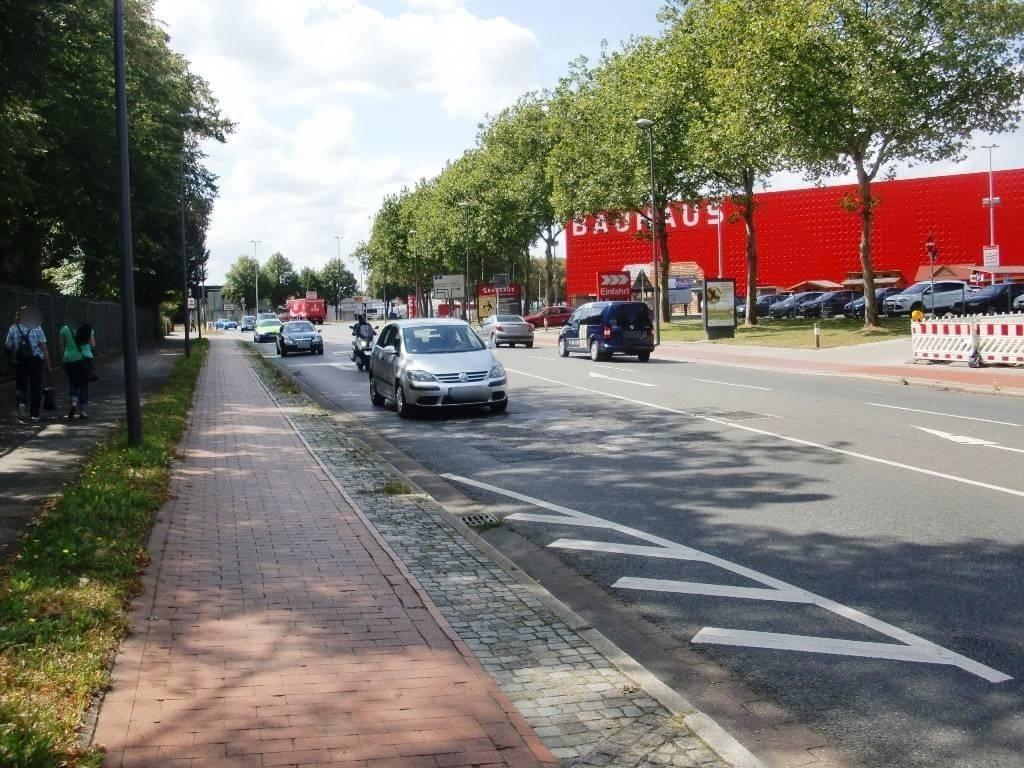 Steubenstr./Einfahrt Bauhaus VS