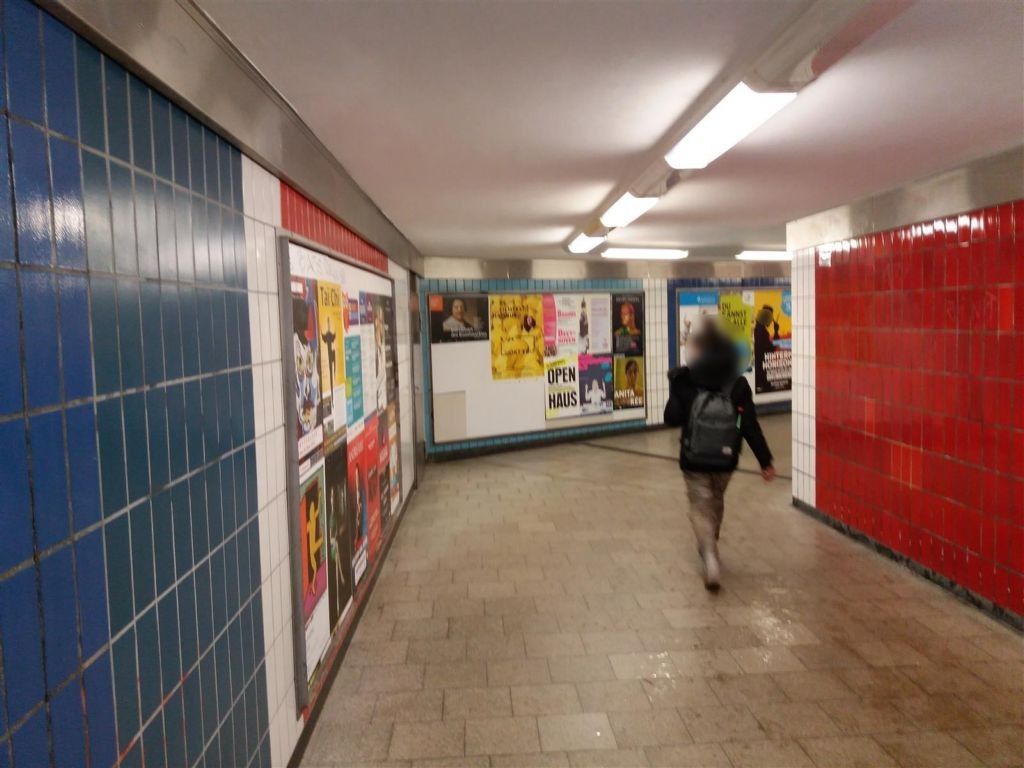 U-Bf Burgstr. Tunnel, Ri. Ausg. Grevenweg 2. Sto.
