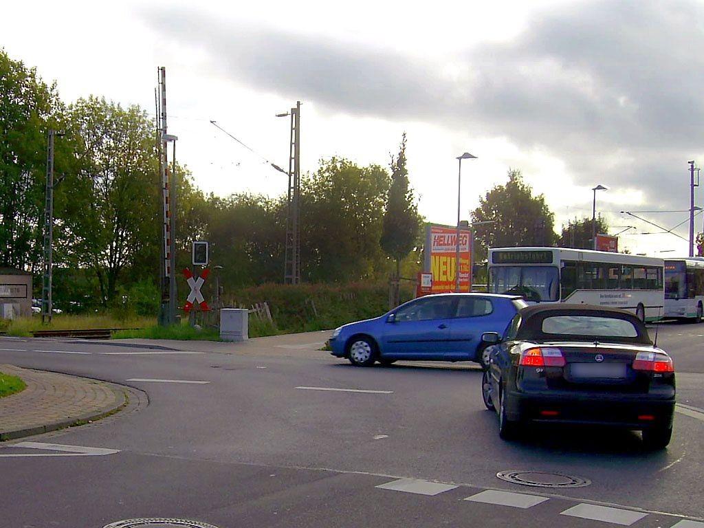 Berliner Str./Bus-Bf li.