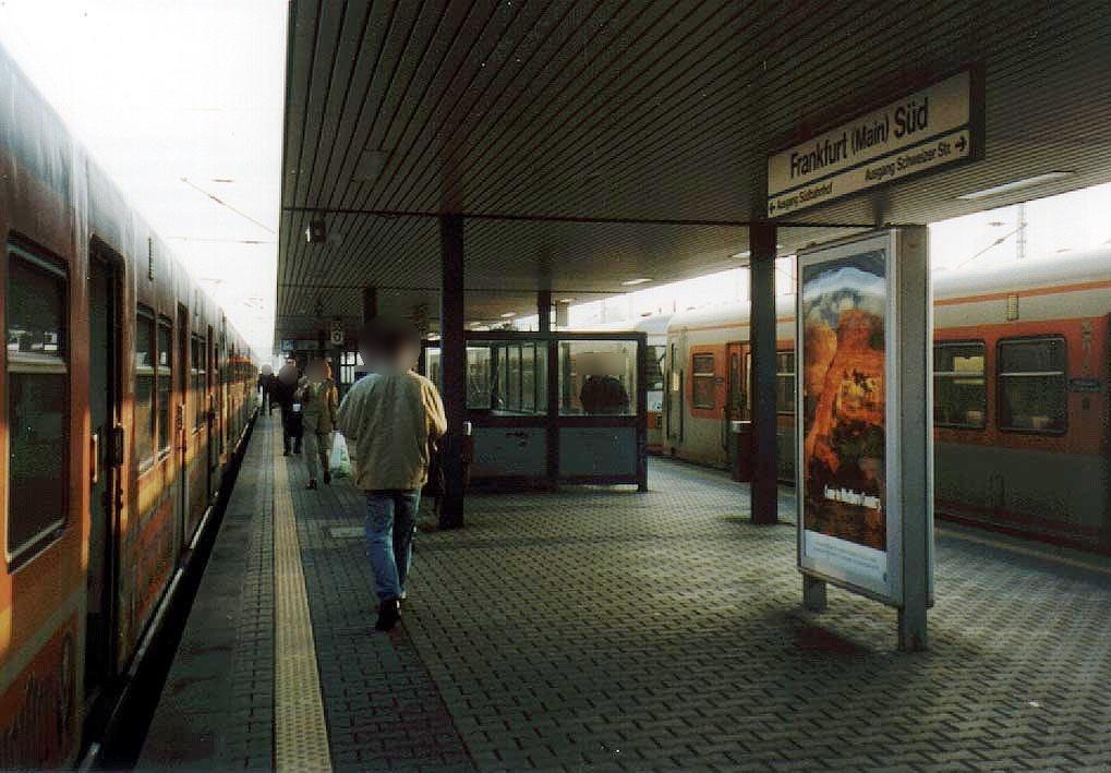 S-Bf Süd, Bstg., Gleis 3, 2. Sto.