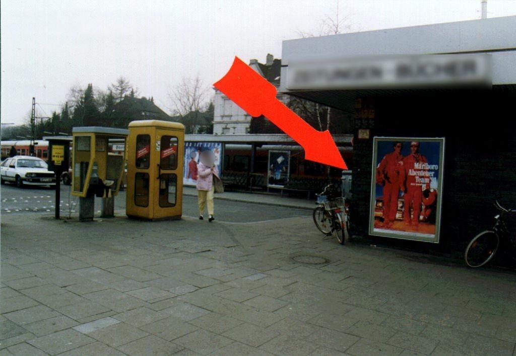 S-Bf Werden/Bahnhofsvorplatz/li. am EG