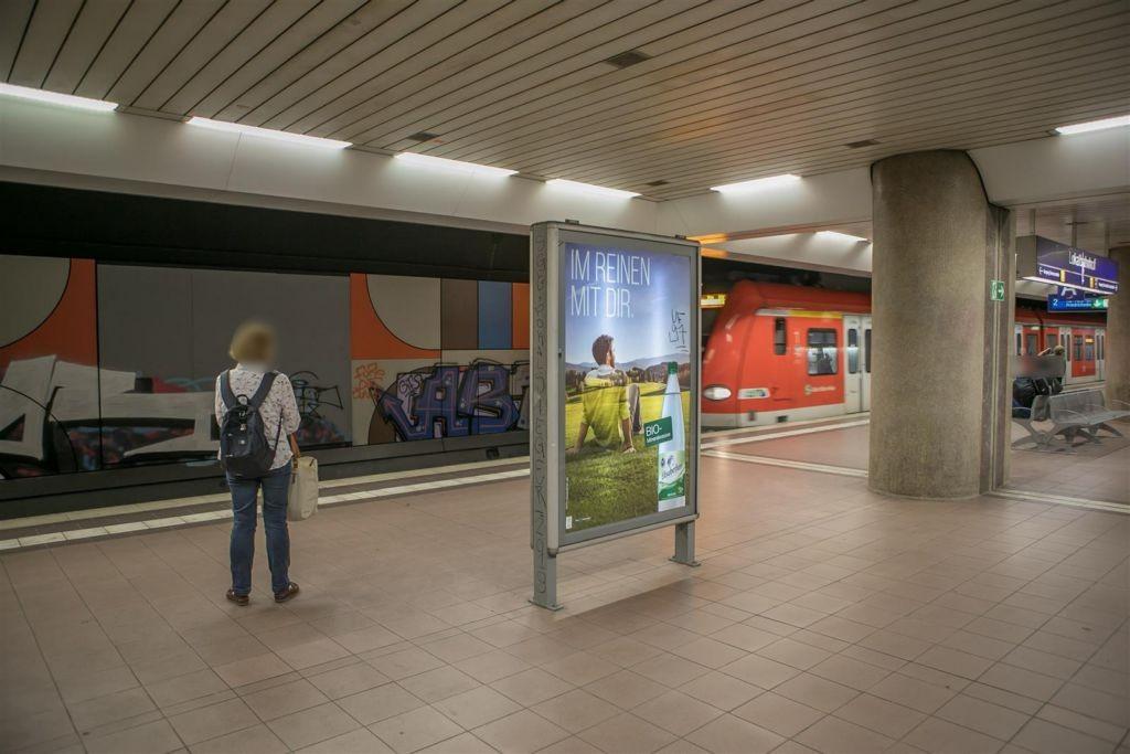 S-Bf Lokalbahnhof, Bstg., Gl. 1, 3. Sto. Abschn. A