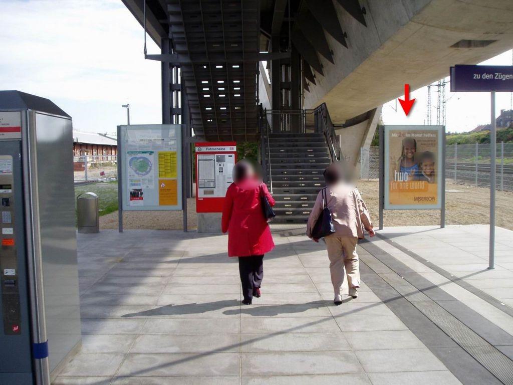 S-Bf Steinbühl, 2.Ebene, neben Treppe,rechts