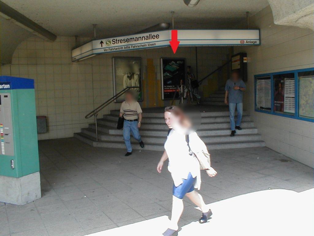 S-Bf Stresemannallee/Eingangsbereich 2. Sto.