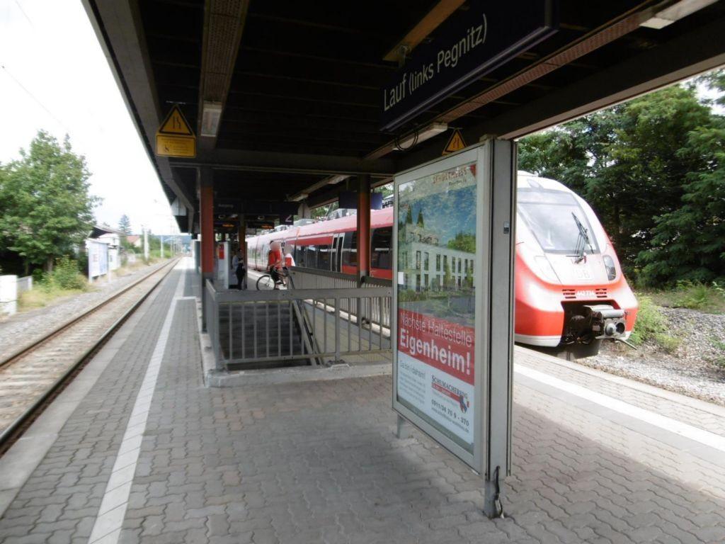 S-Bf Lauf, Bstg., Gleis 2, 1. Sto.