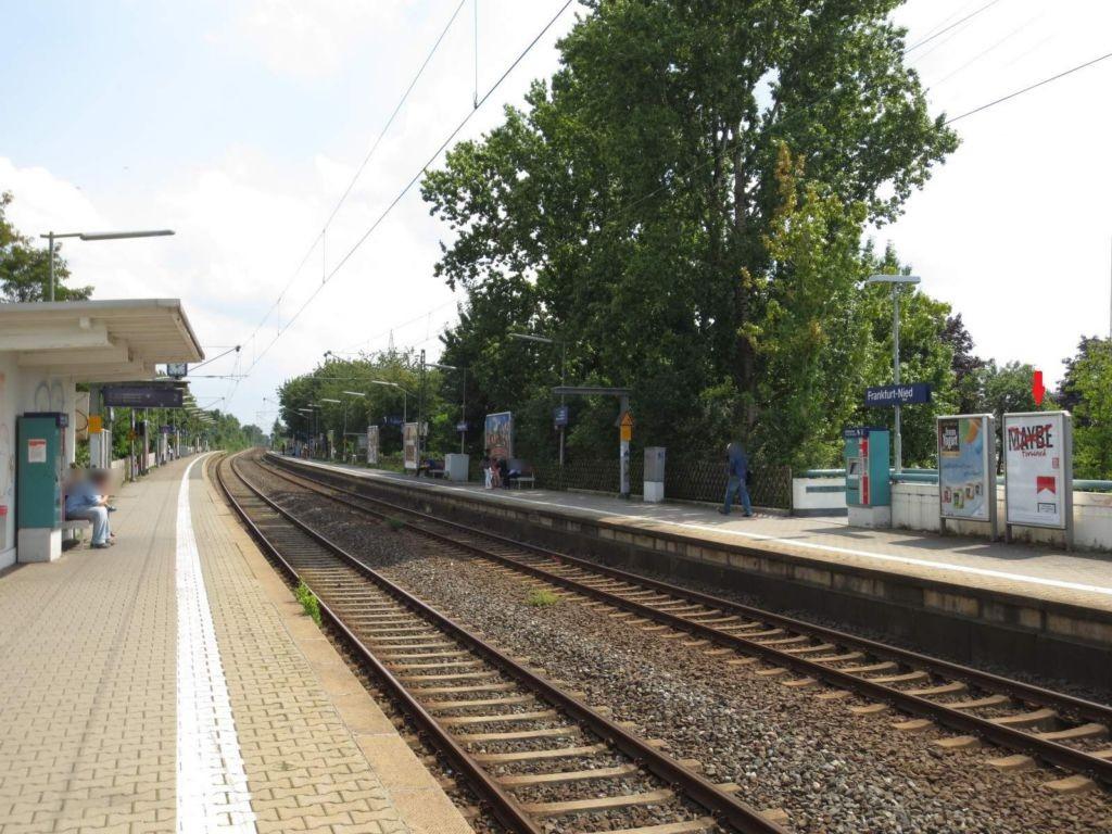 S-Bf Nied, Bstg., Gleis 2, 2. Sto.