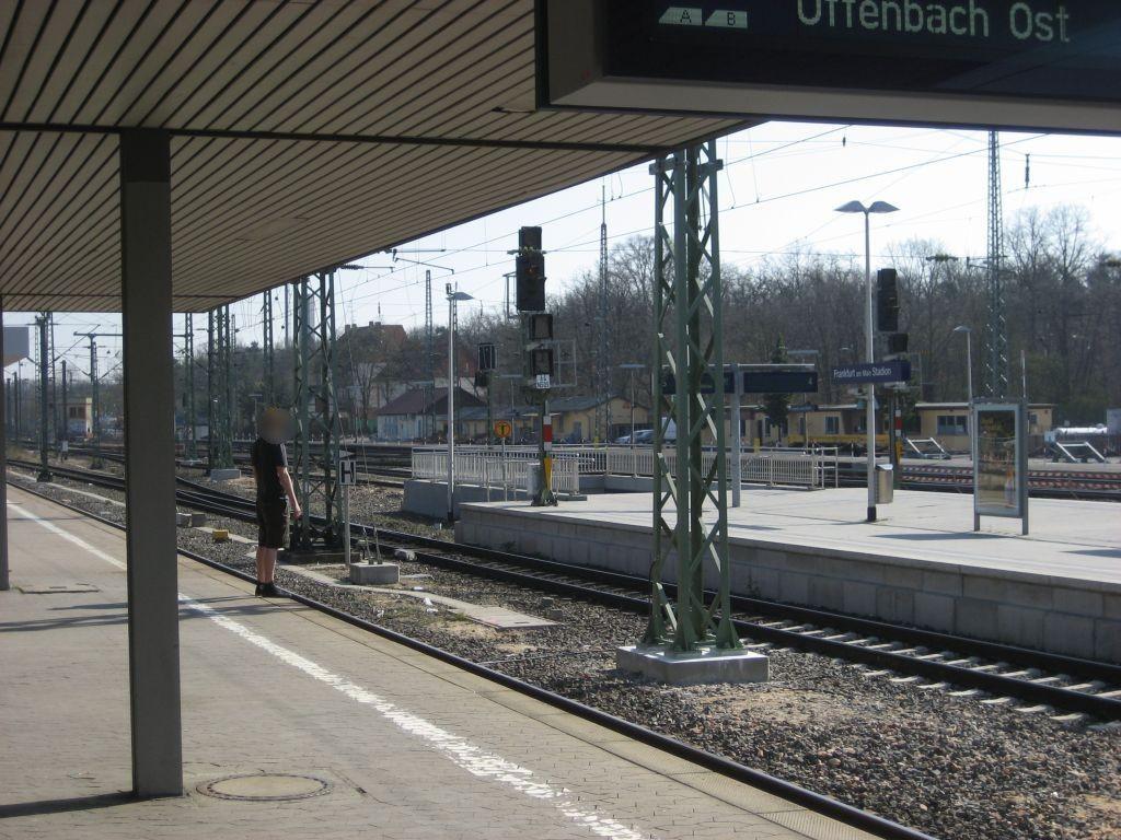 S-Bf Stadion, Bahnsteig, Gleis 5