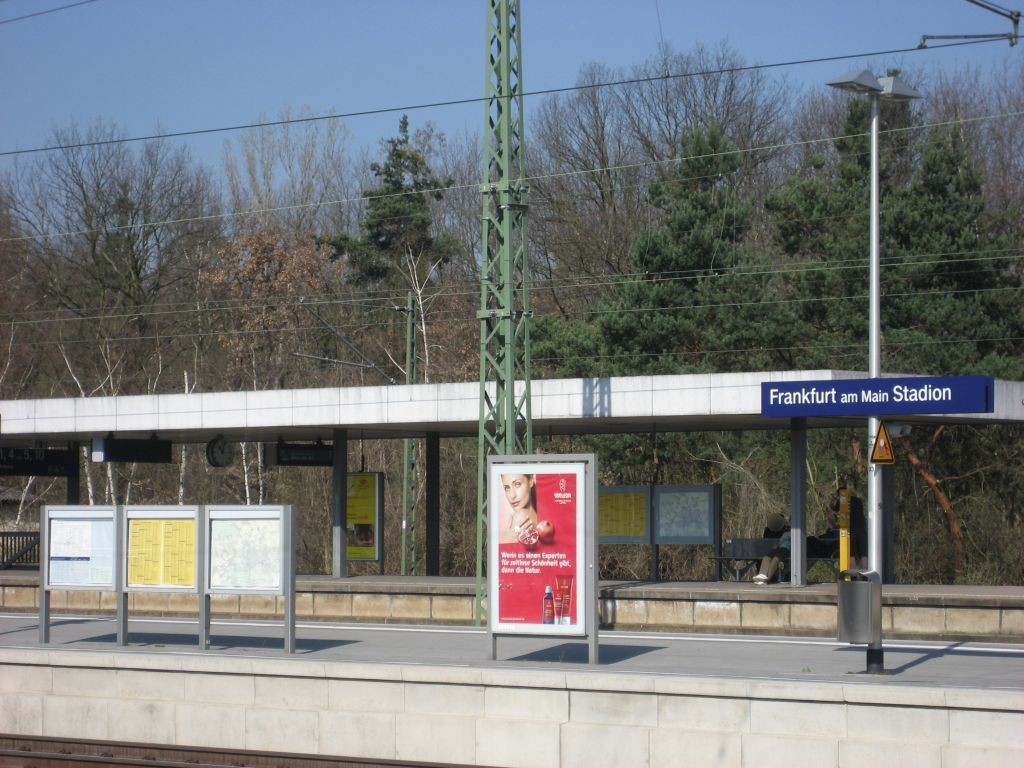 S-Bf Stadion, Bahnsteig, Gleis 4