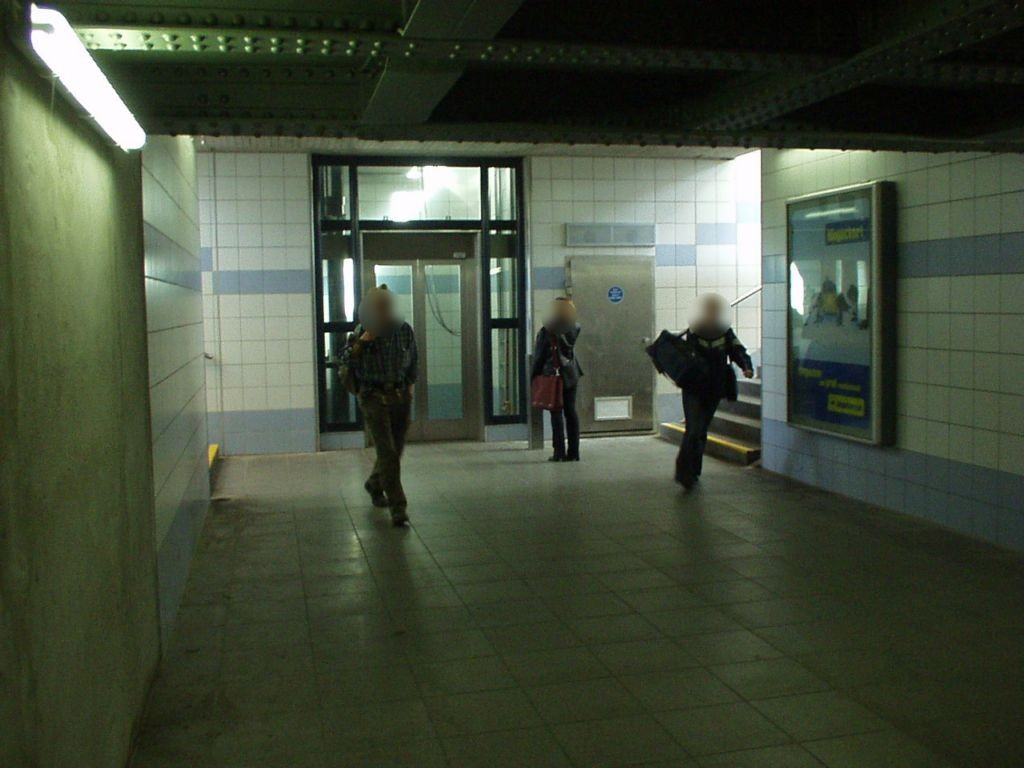 S-Bf Vohwinkel, Zugang zum Gleis 11/12