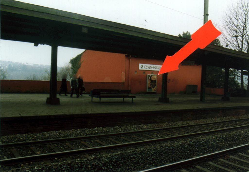 S-Bf Hügel/Bstg. Gleis 1