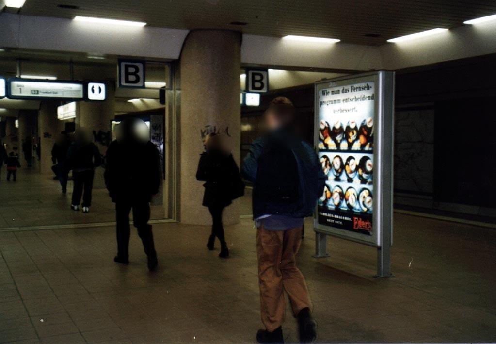 S-Bf Lokalbahnhof, Bstg., Gl. 1,  2.Sto., Abschn.B