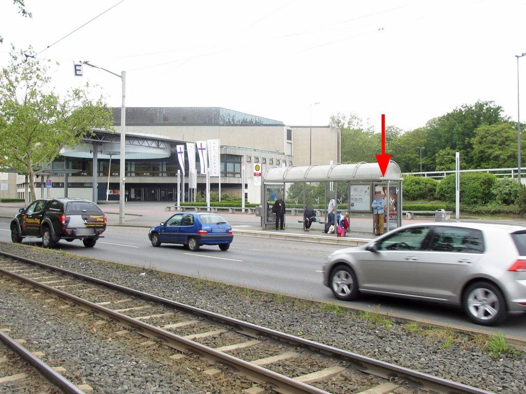 Leonhardplatz/Stadthalle Ri. Bf. RW innen