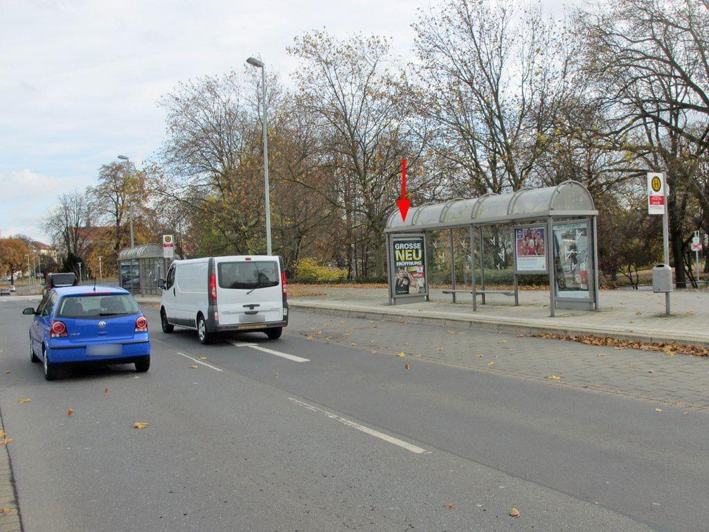 Konrad-Adenauer-Str./VW-Halle II innen
