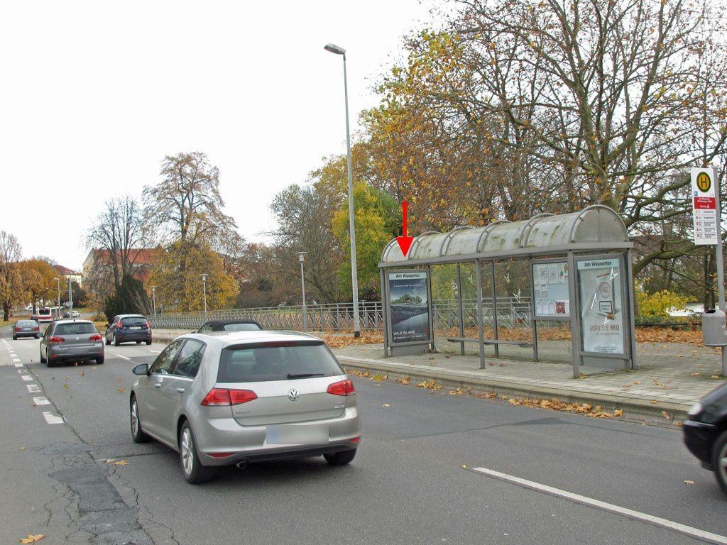 Konrad-Adenauer-Str./VW-Halle I innen