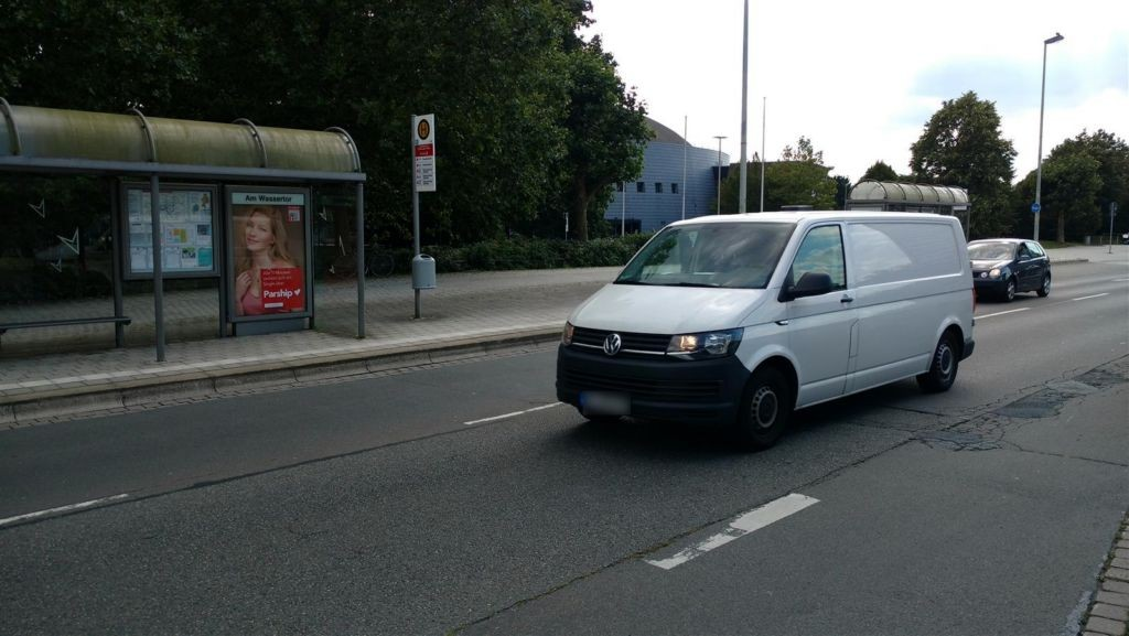 Konrad-Adenauer-Str./VW-Halle I RW innen