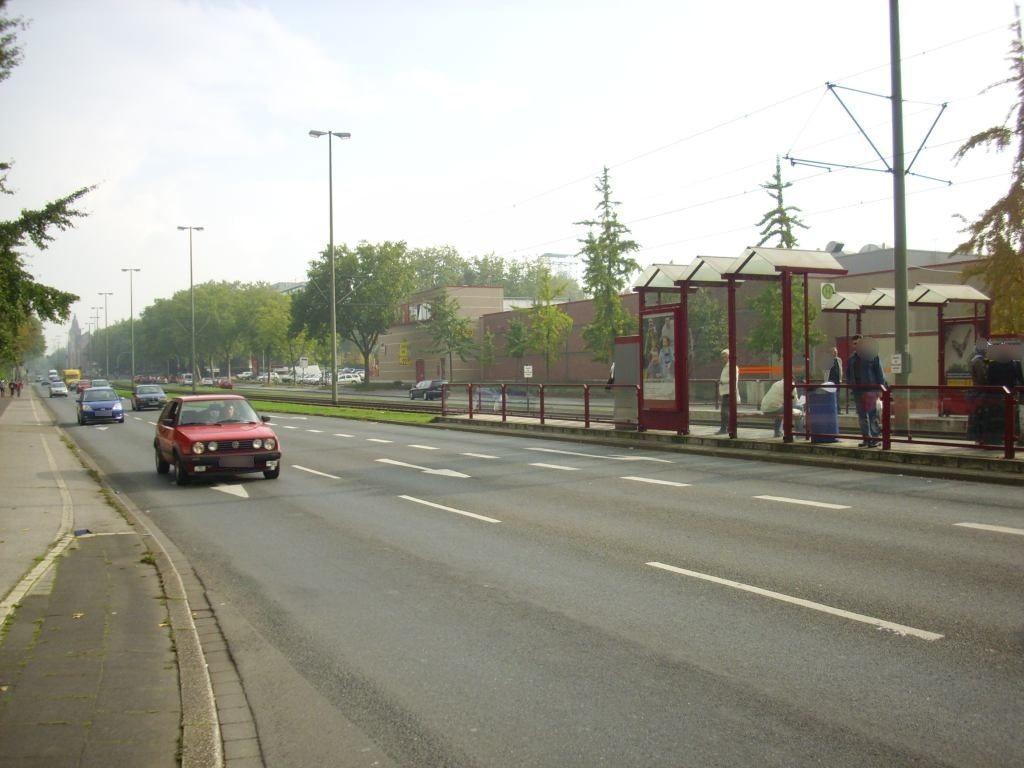 Duisburger Str./Walter-Rathenau-Str./Ri.DIN re./RS