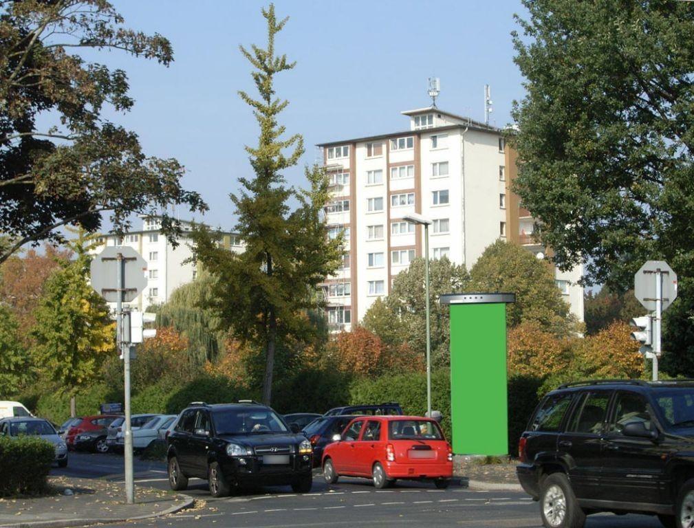 Lichtenplattenweg geg.  57/Rhönstr.
